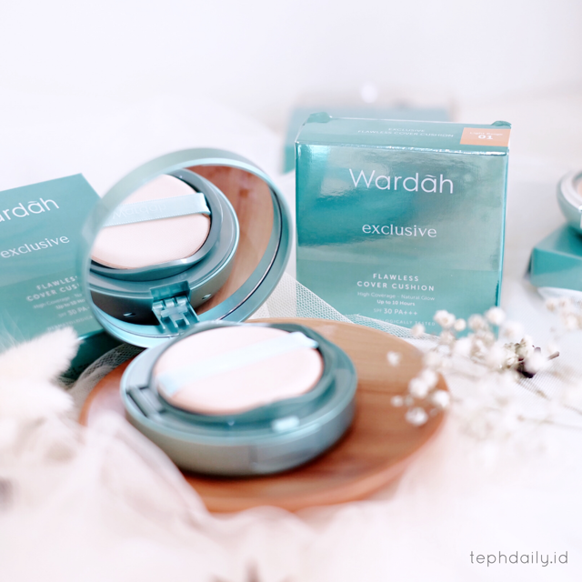Must Have Cushion : Wardah Exclusive Flawless Cover Cushion